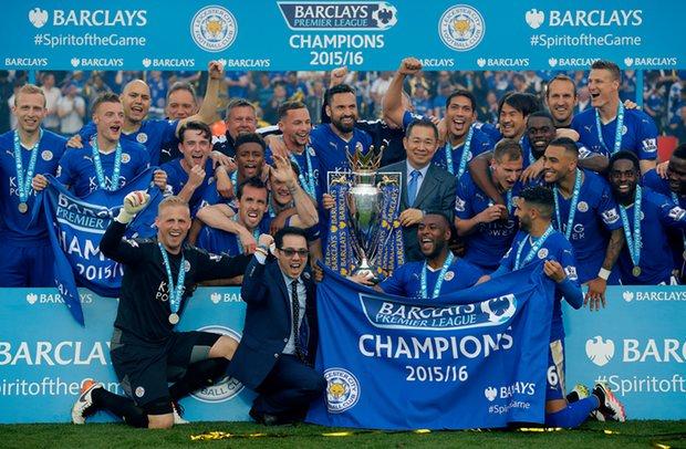 2015 16 Premier League Champions Leicester City Football Team - Tempat Memasang Taruhan Leicester Juara Odds Besar