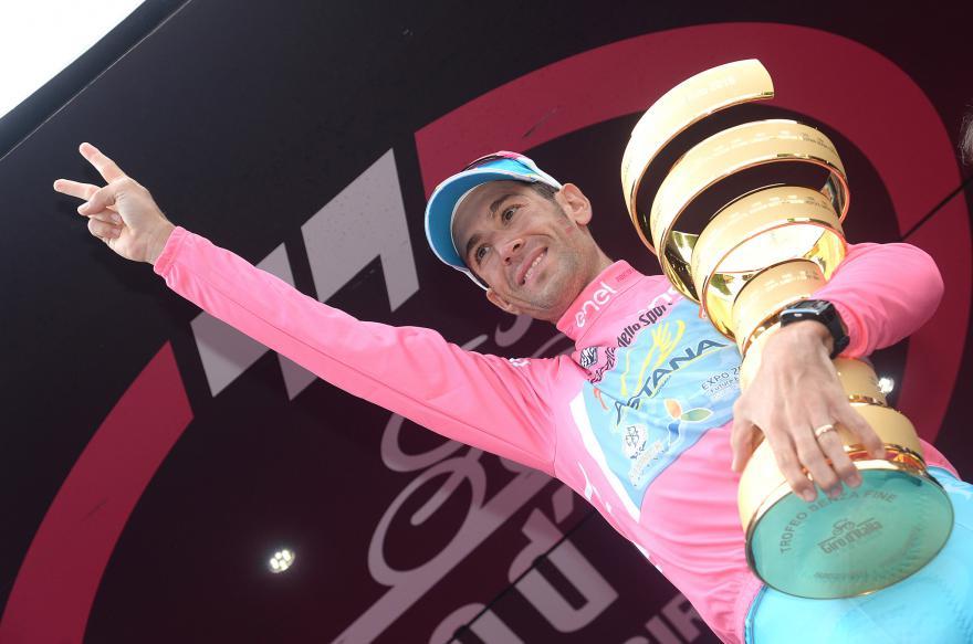 2016 Giro d'Italia General Classification Winner Vincenzo Nibali