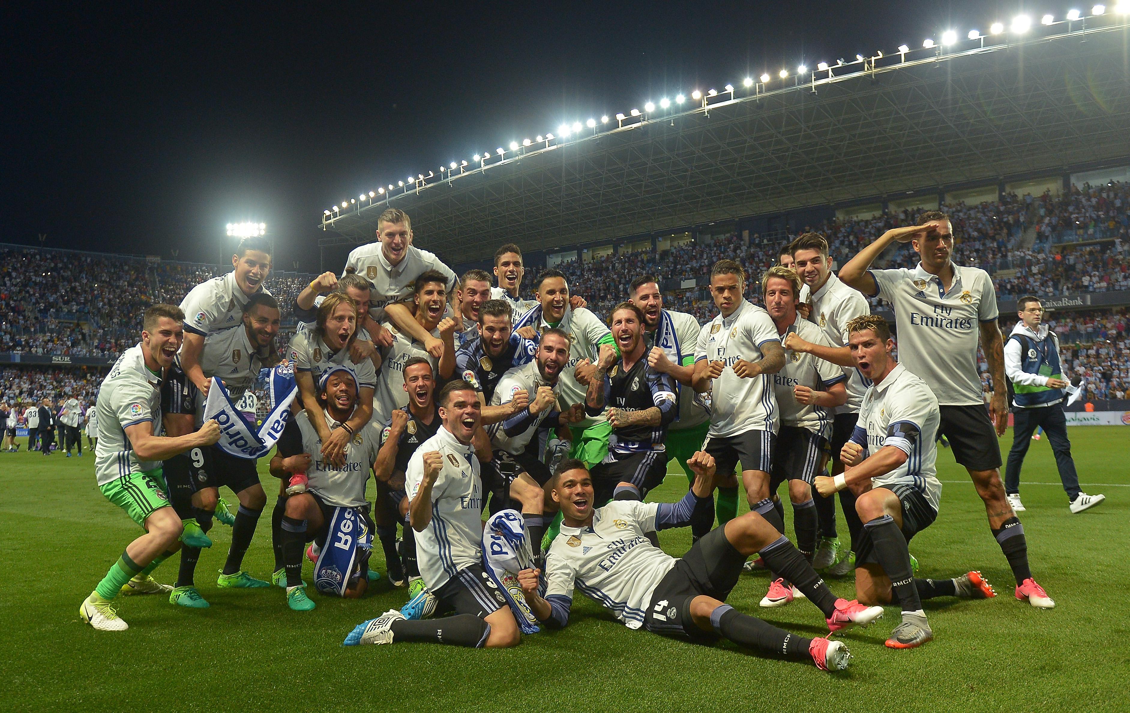 Juara La Liga 2016-17 – Real Madrid