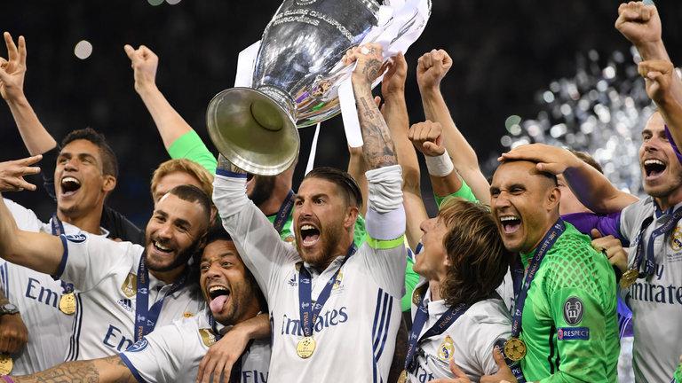 Pemain Real Madrid Merayakan