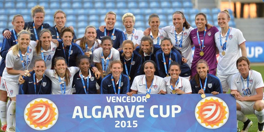 アメリカ女子代表アルガルベカップ優勝写真