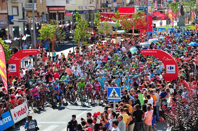 2013 ブエルタ・ア・エスパーニャのレース風景