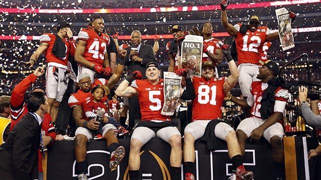 カレッジフットボールプレイオフ2014-2015を制したオハイオ州立大