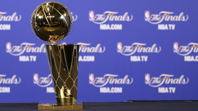 NBAファイナル優勝カップ