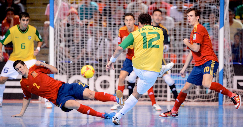 ブラジル vs. スペイン